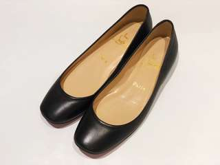 Authentic Louboutin Flats in Black Leather Women's EU 40