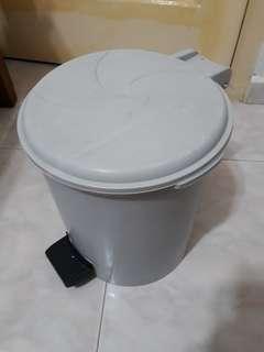 Dustbin (3)