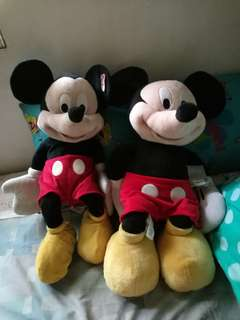 27 inch Mickey stuffed toy (700@)