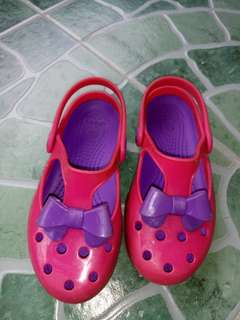 Crocs with bow for kids