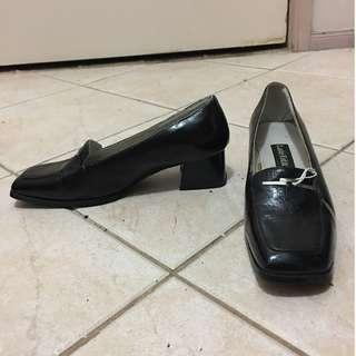 Vintage Loafer Heels Square Toe Boat shoes