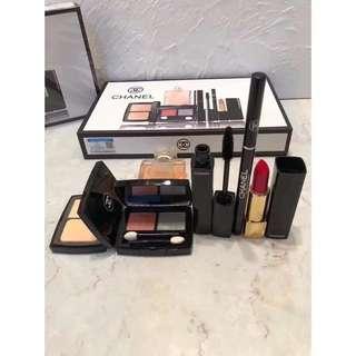 Chanel 化妝品收納架