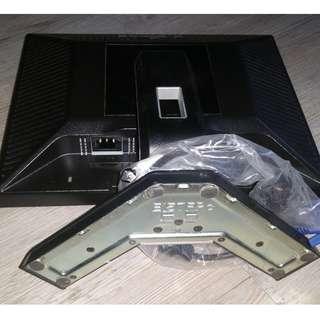 """Computer monitor screen dell 15"""" inch + vga cable"""