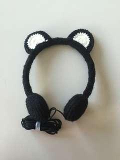 Typo wool bear headphones