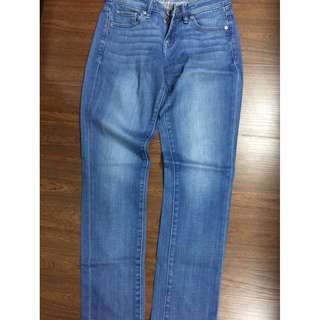 Uniqlo womens maong pants jeans 22