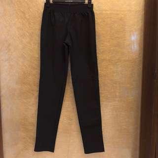 🚚 黑色 西裝休閒褲打折褲 24-30腰臀42長90cm