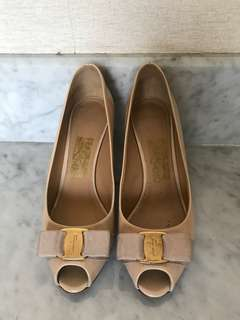 Ferragamo Shoes - toe pumps - nude colour (preloved)