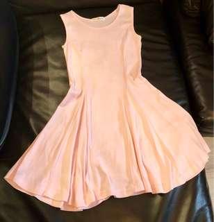 Pink Dress 粉紅連身裙