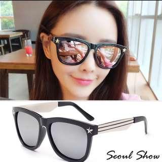🚚 韓國帶回免運-首爾星星鉚釘太陽眼鏡 黑框白銀男女適用sunglasses