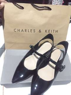 Charles& keith size 36 NEW