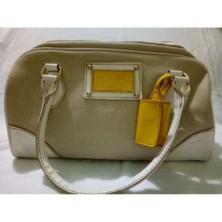 Victoria's Secret Bag (White/Yellow)
