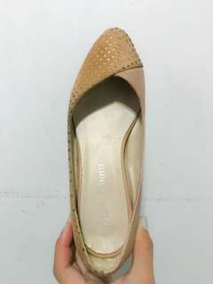 2 shoes for price of 1