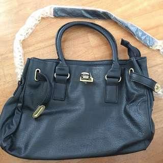 🚚 《新》黑時尚包包