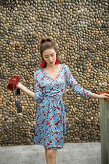FREE SHIPPING!  Floral Print Self Tie Wrap Dress (KR101777)