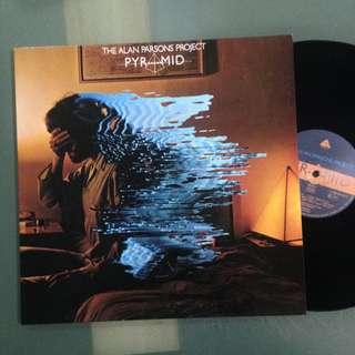 Lp Alan Parson Project (vinyl/piring hitam)
