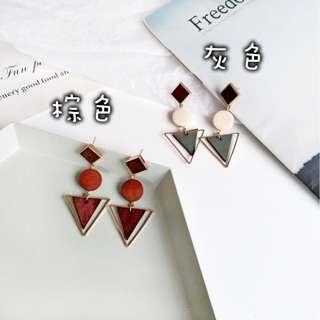 【現貨】創意三角幾何原木復古時尚冷風耳釘耳環