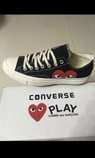 SALE NEVER BEEN USED COMME DE GARCON PLAY LOW CUT