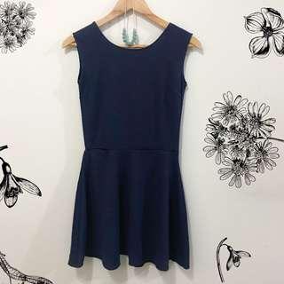 Sleevless + sleeved dress