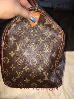Louis Vuitton Speedy 35 Monogram LV