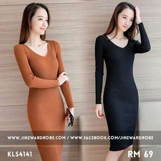 Longslevees dress knitted