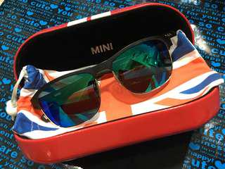 MINI時尚簡約金屬片LOGO灰色偏光太陽眼鏡