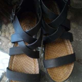 Sepatu gladiator keren