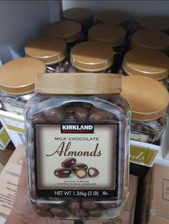 KIRKLAND MILK CHOCOLATE ALMOND 1.36kg