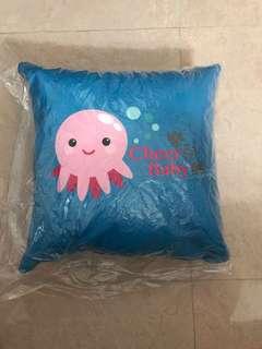 嬰兒全新藍色Cushion 1個