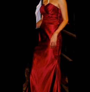 Evening gown / prewedding -Red