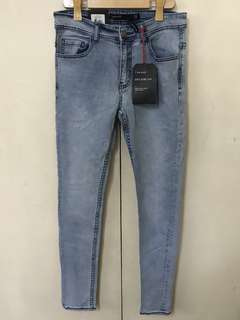 Super skinny washed denim stretch cotton on size 30""
