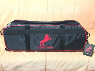 Mustang 3-Ball Bowling Bag with Wheels