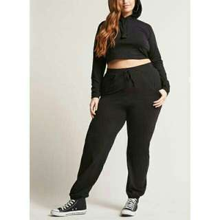 Jumbo celana jogger wanita big size
