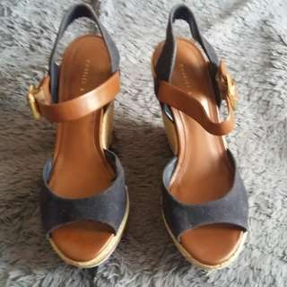 Charles and Keith Wedges