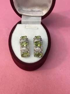 No:0734。925純銀包18K金,鑲天然AA級橄欖石耳環 產地巴西 超值價