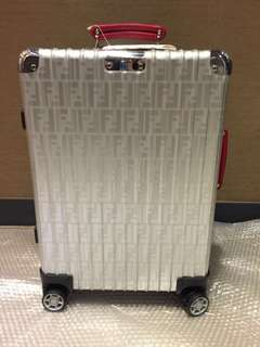 RIMOWA x Fendi 2nd (Red)