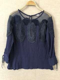 全新特價透膚藍肩蕾絲七分袖棉麻上衣