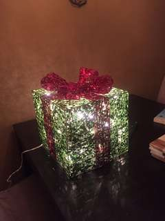 REDUCED* Sparkly light up present decoration
