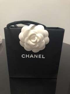 Chanel 閃鑽吊耳環