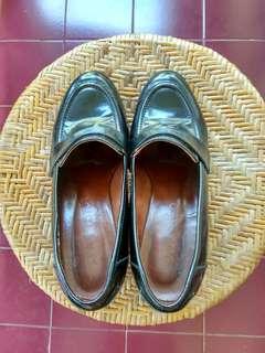 Sepatu kerja Staccato hitam size 39