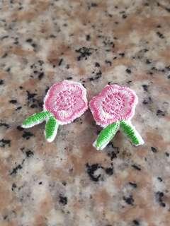 🚚 刺繡的小花花