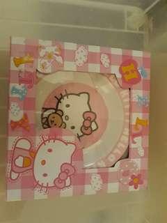 Piring Hello Kitty