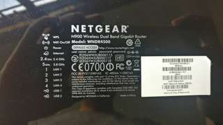 Used NETGEAR wireless dual band router. WNDR4500