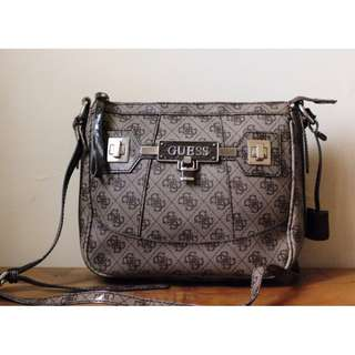 REPRICED Authentic Guess Slingbag