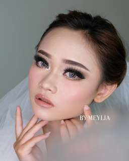 MAKE UP BY MEYLIA