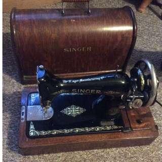 英國製勝家手動古董衣車Antique Singer sewing machine