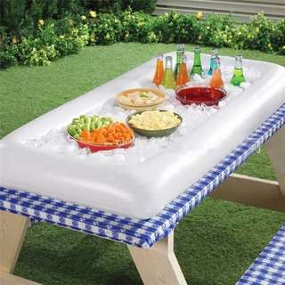 InfLatabLe party tray