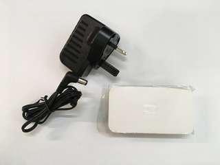D-Link 分綫盒 交換器 5埠 網路連接埠 5-Port 10/100 Desktop Ethernet Switch