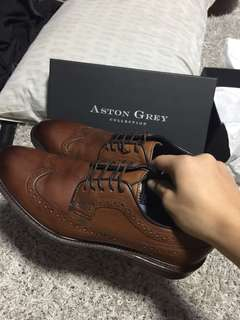 Aston Grey Collection