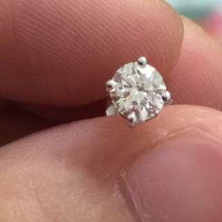 18k白金天然鑽石耳環 單隻35份 平售$3880