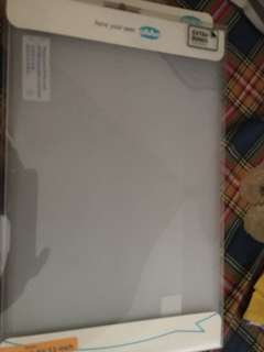 MacBook Air 11.6 ahah and speck case